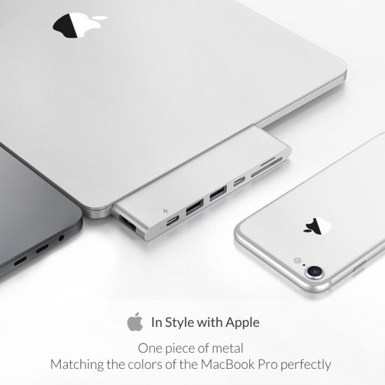 MacBook Pro Dock in style of apple naadloos design silver