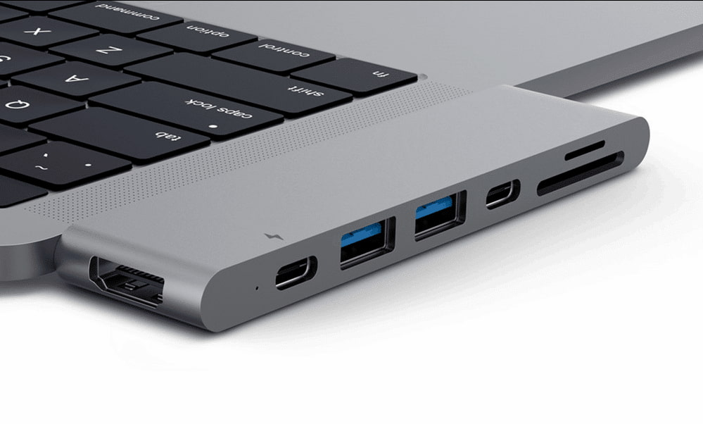 Macbook Pro Dock (docking station)